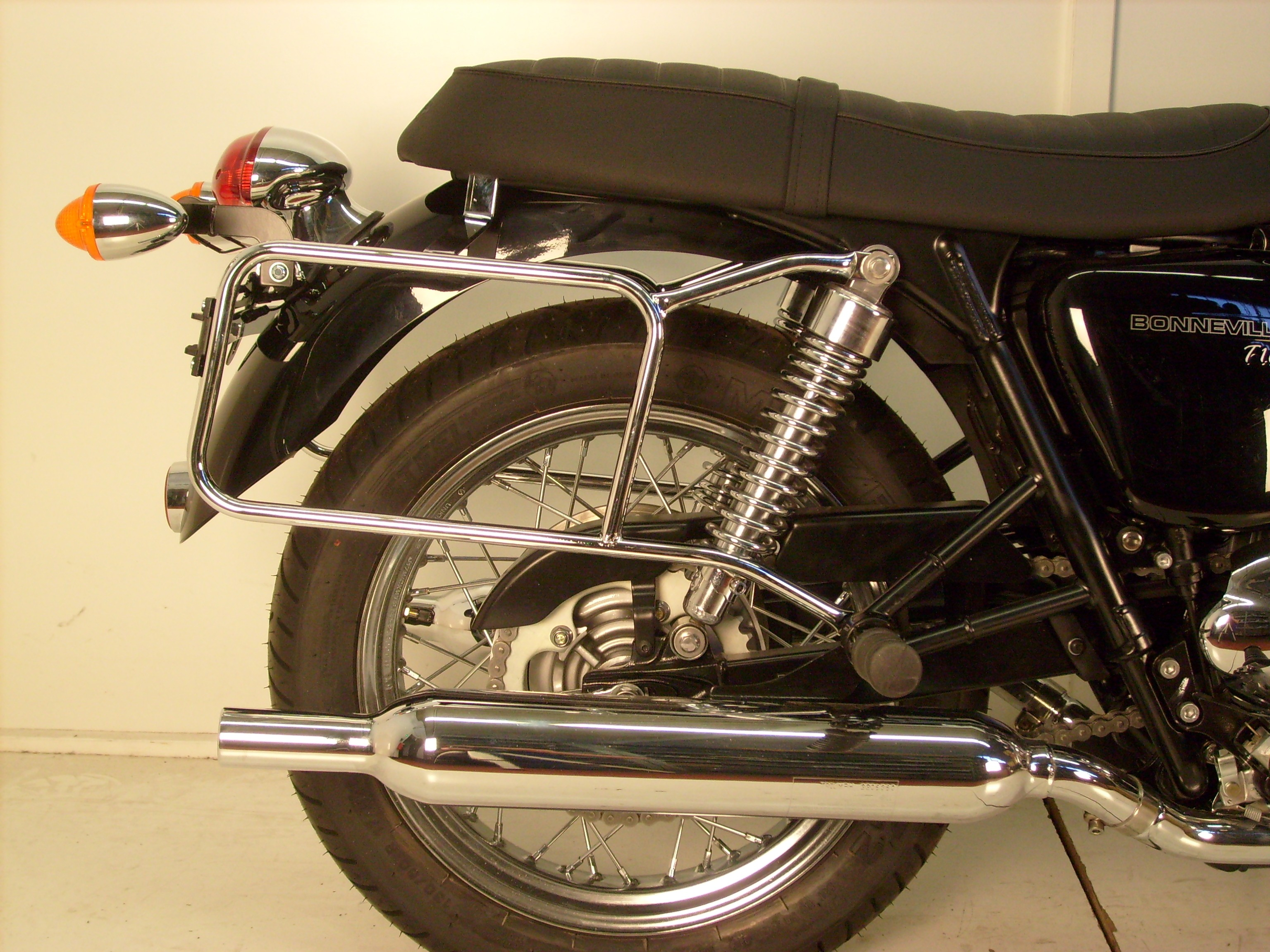 Hepco & Becker Pannier Frames - Chrome for Bonneville and T100 and SE 2000-2015