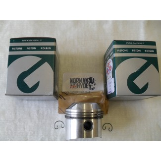 PISTON SET TRIPLE STD 750 9.5